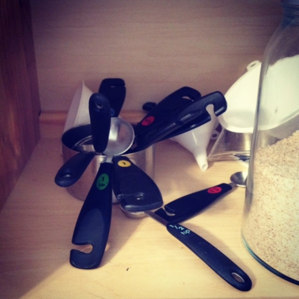 Measuring cup pile
