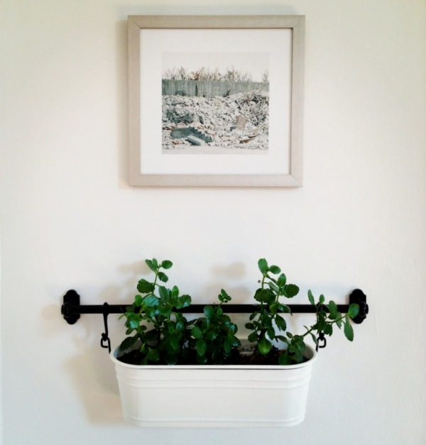 Hanging planters project palermo - Best compost for flower pots solutions within reach ...