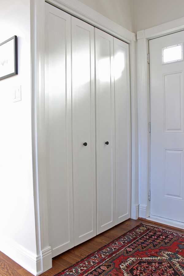 DIY Bifold Door Moulding.JPG