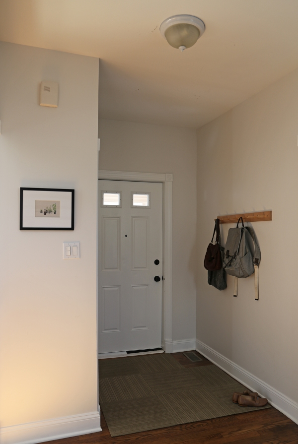 Entryway Before 2.JPG