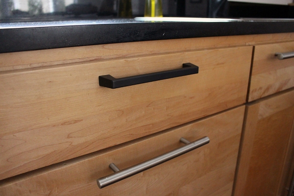 Kitchen Drawer Pull Replacement
